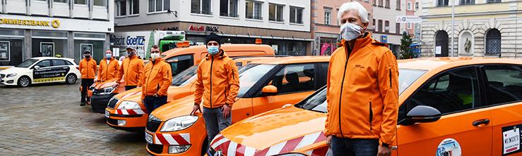 Stadtteilkümmerer, Team mit Fahrzeugen